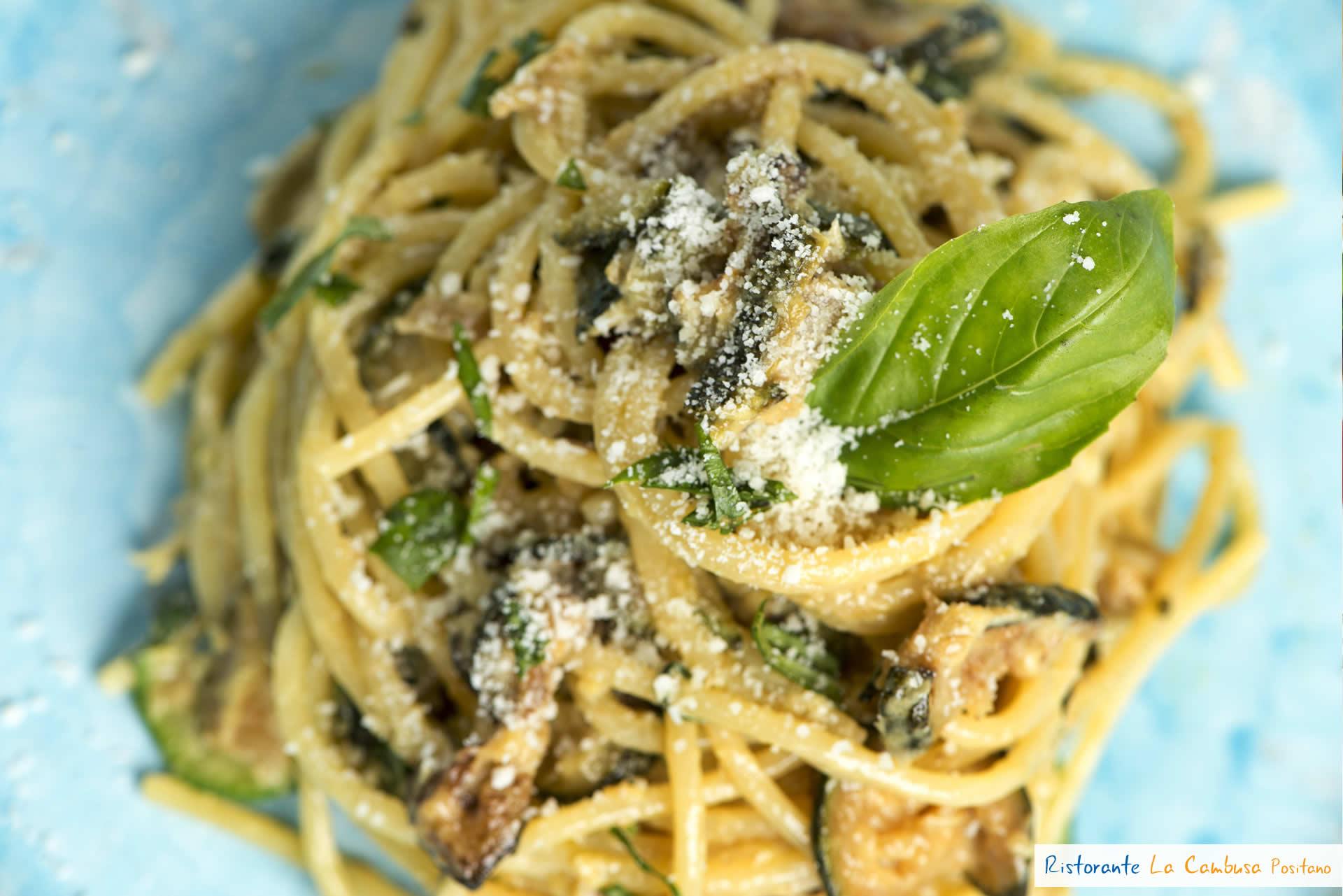 spaghetti con i zucchini